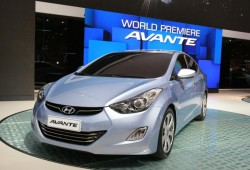 Hyundai Elantra 2011 con motor de 2.0 litros