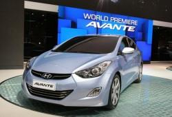 Hyundai Elantra 2011, primera imagen de su interior
