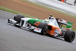 Impresionante accidente de Adrian Sutil