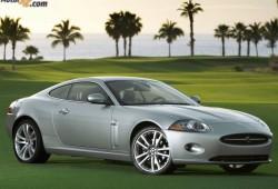 Jaguar XK Coupé a la vista