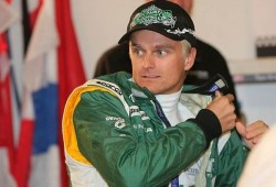 Kovalainen sufre un accidente en la Race of Champions