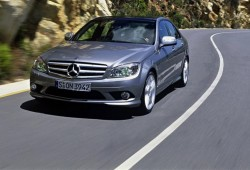 La nueva generación del Mercedes Clase C será híbrida.
