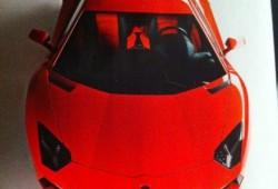 Lamborghini Aventador. Vampiresco chupa asfalto