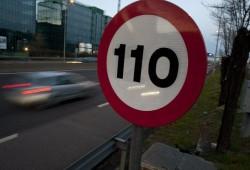 Los españoles a favor de reducir la velocidad para reducir emisiones
