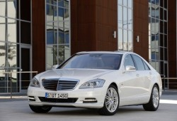 Mercedes Benz bate records de producción en 2010