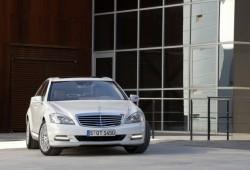 Mercedes Benz bate records de ventas en todo el mundo