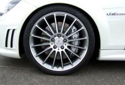 Mercedes Benz C63 AMG mejorado por AVUS Performance