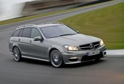 Mercedes revela oficialmente el C63 AMG 2012