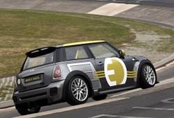 Mini eléctrico: 186 kilómetros por hora en Nürbrurgring