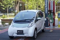 Mitsubishi comienza la producción del i-MiEV y lo pone a la venta el 2010