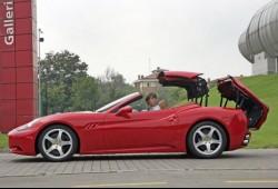 Nuevo Ferrari California, fotos e información