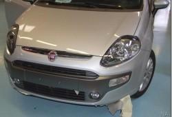 Nuevo Fiat Punto revelado sin camuflages.