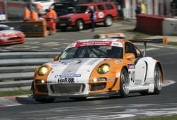 Porsche 911 GT3 R híbrido en acción