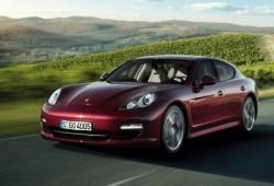 Porsche llama a una revisión global del Panamera.