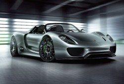 Porsche trabaja en un deportivo eléctrico