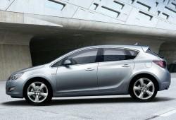 Salón de Frankfurt: Opel estrena el nuevo Astra.