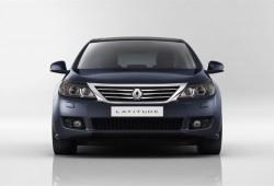 Salón de Moscú: Renault presenta el Latitude.