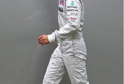 Schumacher quiere subir al podio en Malasia