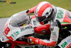 Simoncelli consiguió la vuelta más rápida y un nuevo record