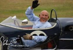 Stirlin Moss se retira del automovilismo