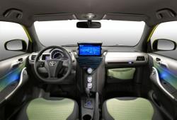 Toyota personaliza el iQ con el Style Concept.