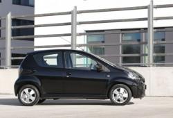 Toyota presenta el Aigo Black Edition.