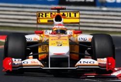 Un error garrafal de Renault arruina la carrera de Alonso