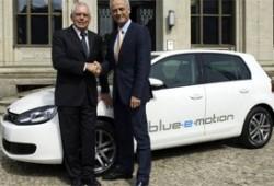 Volkswagen confirma el e-Golf para 2013.