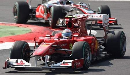 Fantástica victoria de Alonso delante de los tifosi. El mundial al rojo vivo