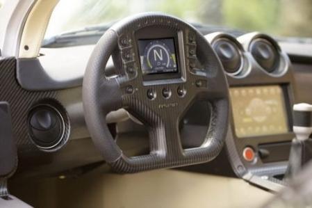 IFR Aspid, el coche que controla todo desde el volante