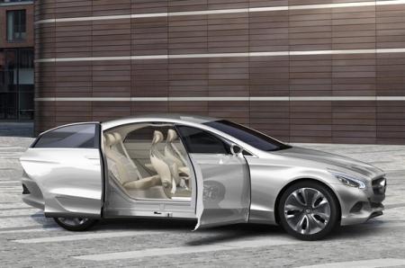 Mercedes Benz promete revolucionar el mercado de los coches compactos