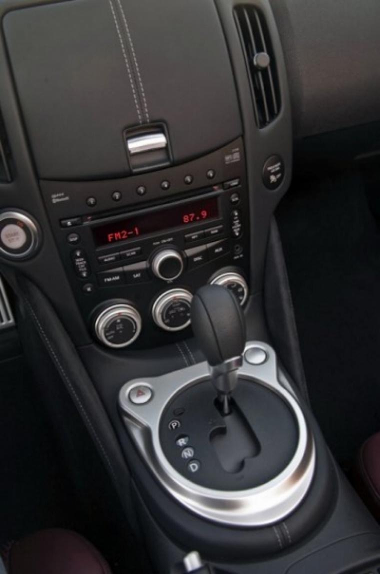 Nissan 370Z Roadster más datos e imágenes