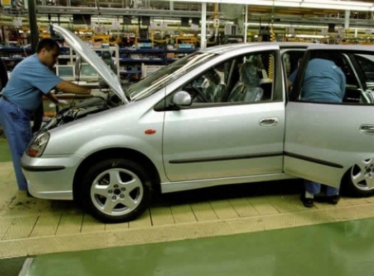 Nissan contratará empleados para su planta de Barcelona.