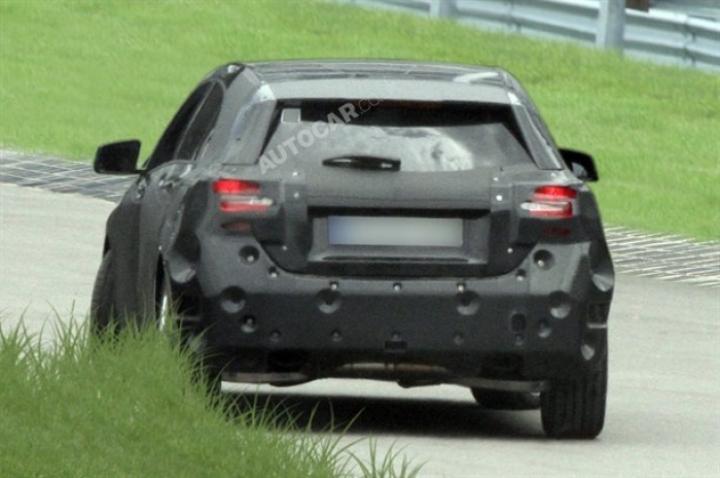 Nuevo Mercedes Clase A pillado por primera vez