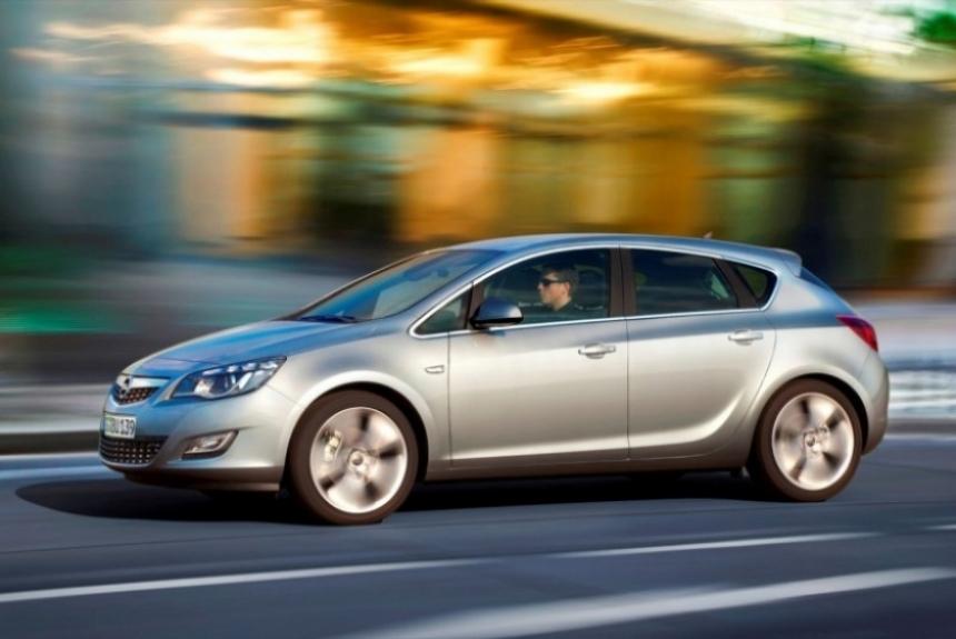 Opel Astra 2010: Primeras fotos oficiales