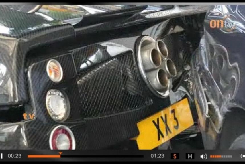 Pagani Zonda F destrozado en Hong Kong.