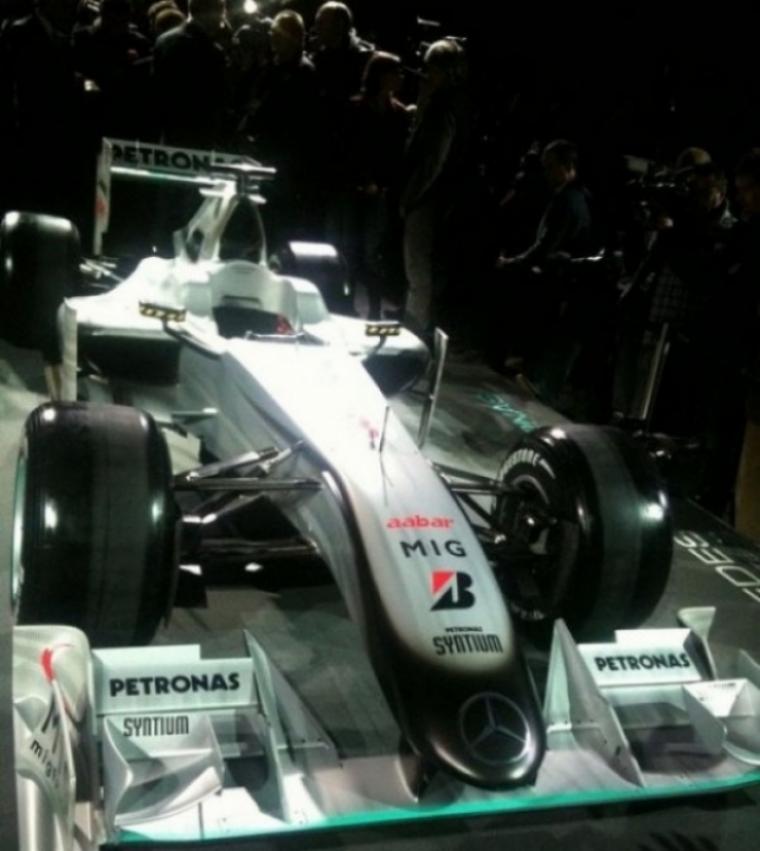 Presentación equipo Mercedes