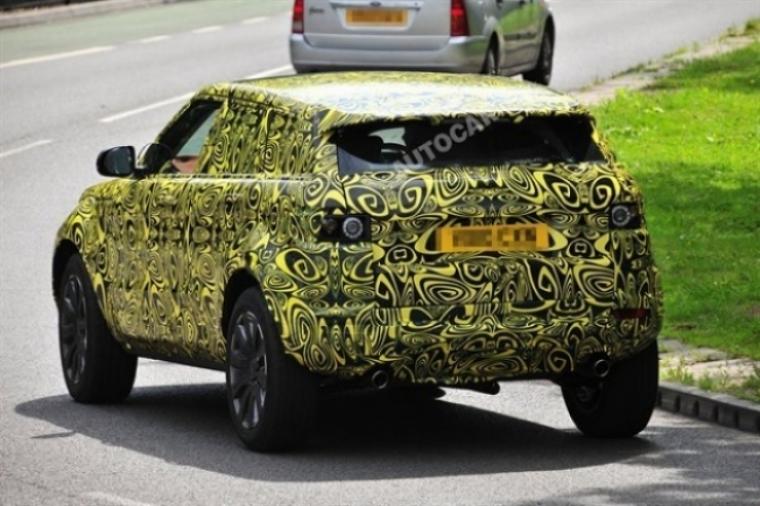 Range Rover Evoque 5 puertas y nuevos posicionamientos para los modelos Land Rover.