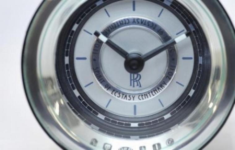 Rolls Royce festeja los 100 años del Espiritu del Extasis con una edición limitada