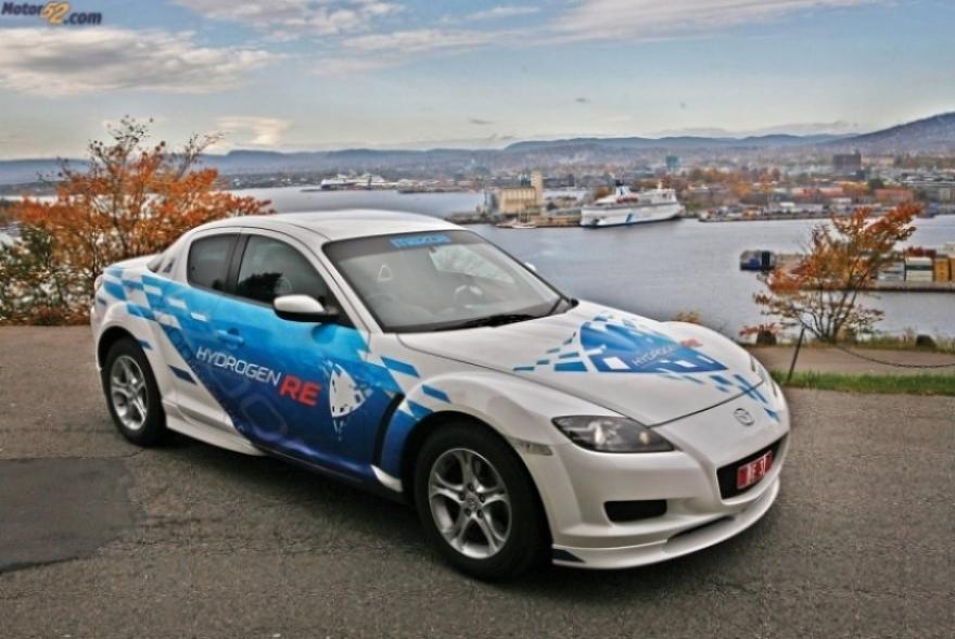 Rx-8  Hydrogen RE: Un Mazda con motor rotativo de Hidrógeno.