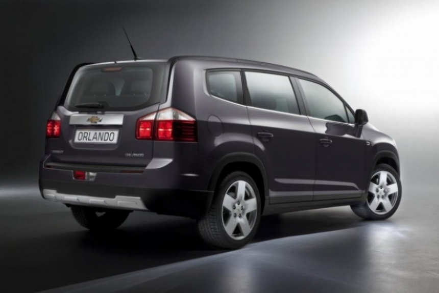 Salón de París 2010, Cruze Hatchback, Aveo, Captiva y Orlando, las novedades de Chevrolet