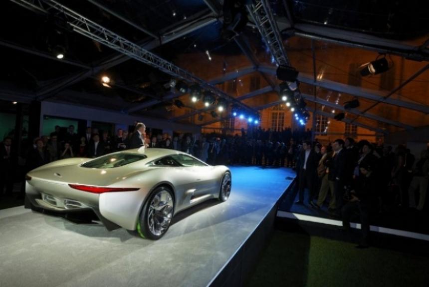 Salón de París 2010, Jaguar C-X75 la revelación de París en detalle