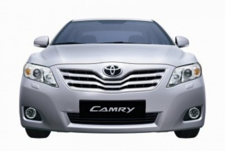 Toyota suspende la venta de ocho modelos por fallas de producción.