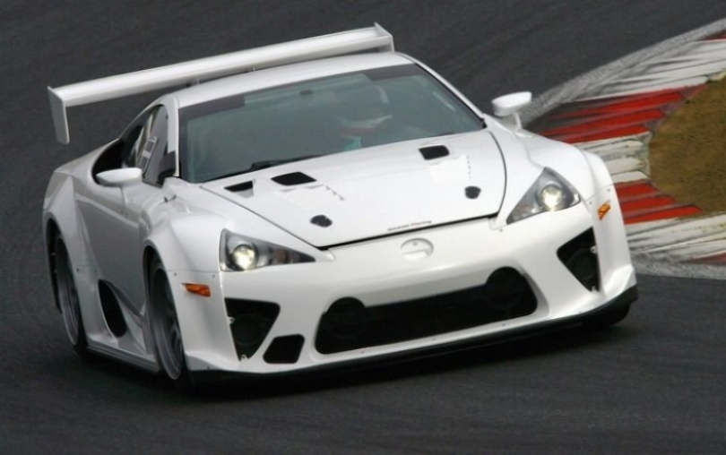 Tributo de Lexus a Hiromu Naruse