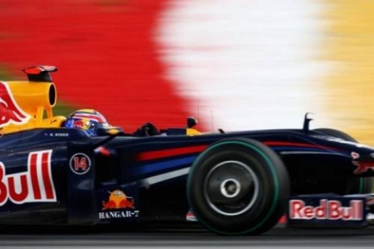 Video: Espectacular accidente del  Red Bull de Webber en Valencia