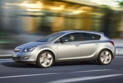El motor 2.0 CDTI 165 CV se incluye en la gama del Opel Astra Hatchback y ST