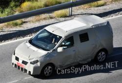 Primeras fotos espía del MPV de Dacia. El presunto Popster