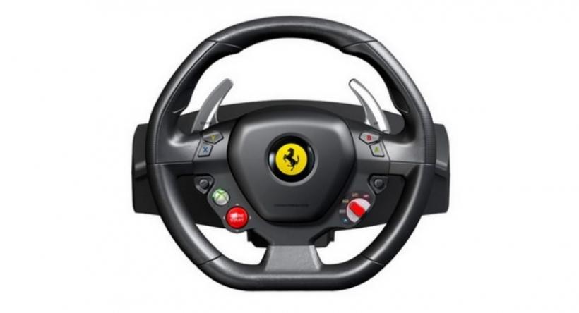 El volante de la Ferrari 458 Italia disponible para tu Xbox 360