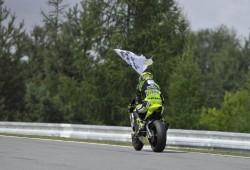 Iannone gana por delante de Márquez en la mejor carrera del año, en Brno.