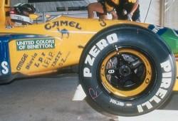 Pirelli podría hacer regresar el neumático de calificación